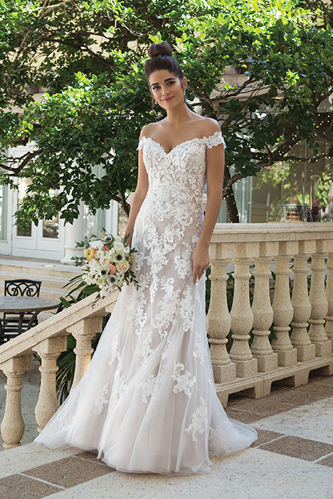44075 Wedding                                          dress by Sincerity