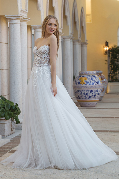 44076D Wedding                                          dress by Sincerity