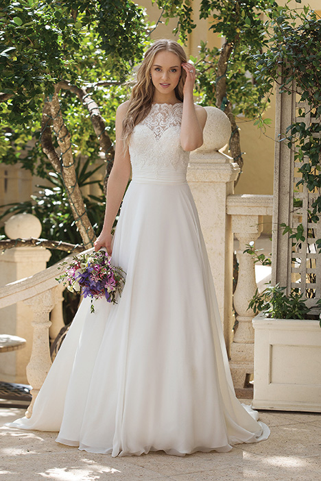 44085 Wedding                                          dress by Sincerity