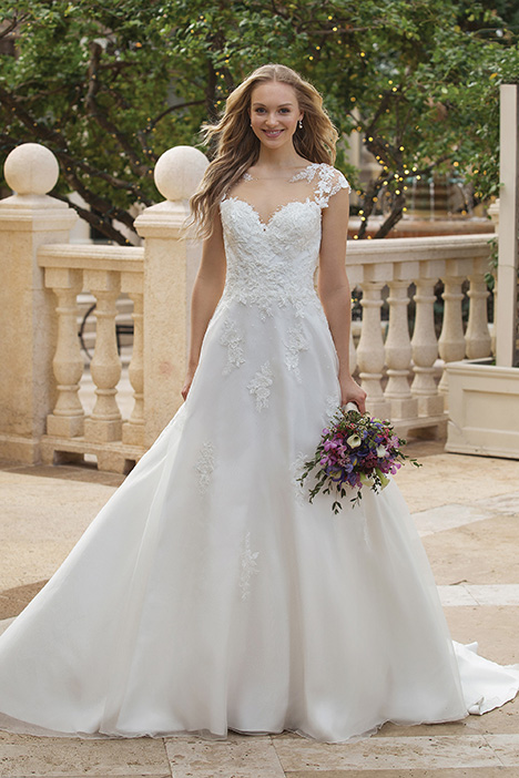 44088 Wedding                                          dress by Sincerity