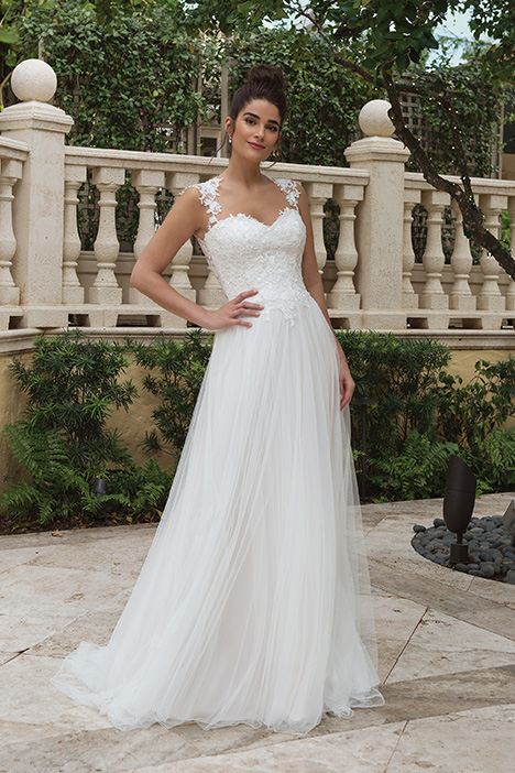 44094 Wedding                                          dress by Sincerity