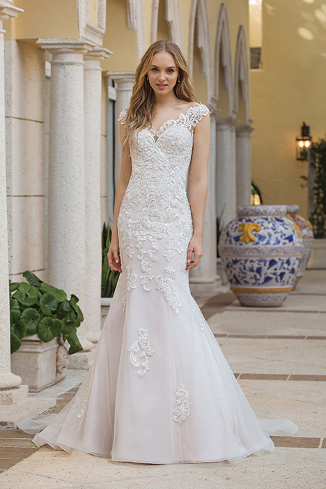 44100 Wedding                                          dress by Sincerity