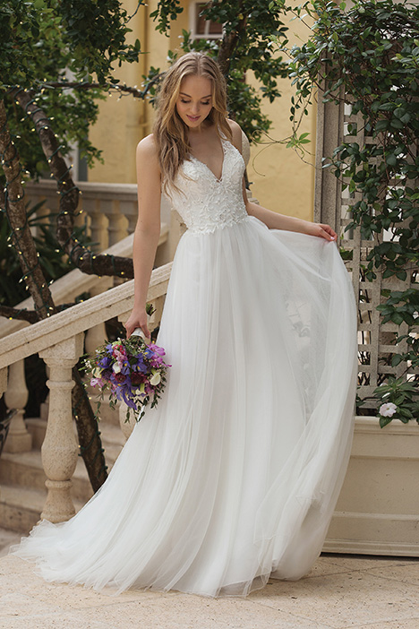 44105 (Ivory) Wedding                                          dress by Sincerity