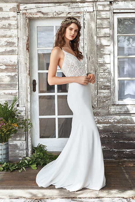 66032 Wedding                                          dress by Lillian West