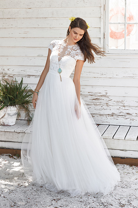 66038 Wedding                                          dress by Lillian West
