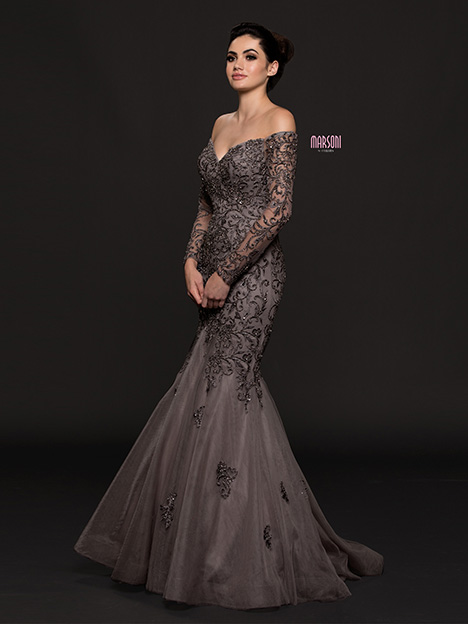 M211QTZ gown from the 2018 Marsoni by Colors collection, as seen on dressfinder.ca