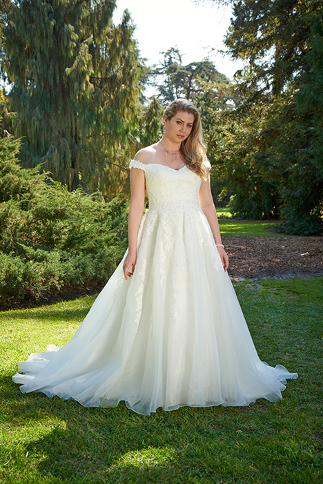 VW8771 Wedding                                          dress by Venus Woman