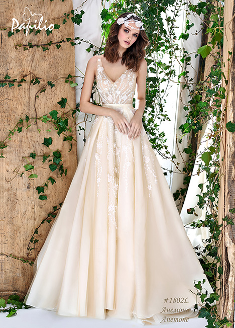 1802L Wedding                                          dress by Papilio Bridal
