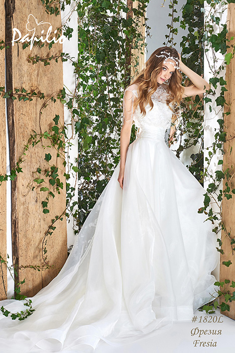 1820L Wedding                                          dress by Papilio Bridal