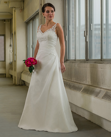 809 Wedding                                          dress by Bridalane