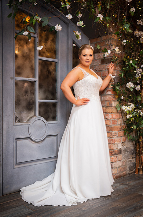 bb19512 Wedding                                          dress by Beautiful Brides Plus