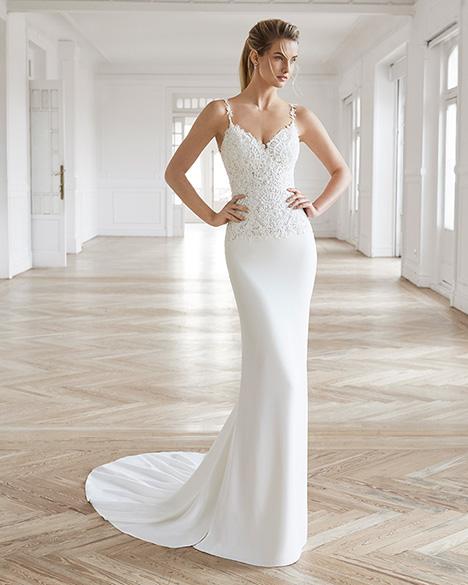 ELEN Wedding                                          dress by Aire Barcelona Bridal