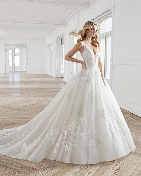 ESTEFAN Wedding                                          dress by Aire Barcelona Bridal