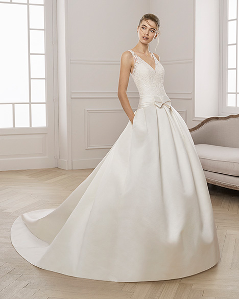 EDISON Wedding                                          dress by Aire Barcelona Bridal