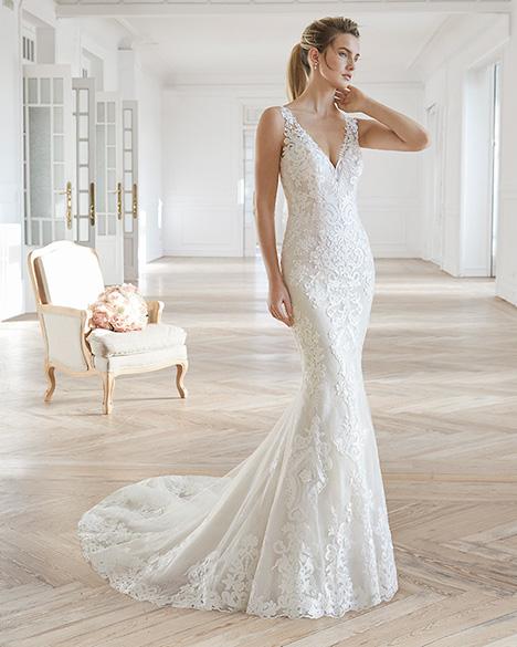 ELIAM Wedding                                          dress by Aire Barcelona Bridal