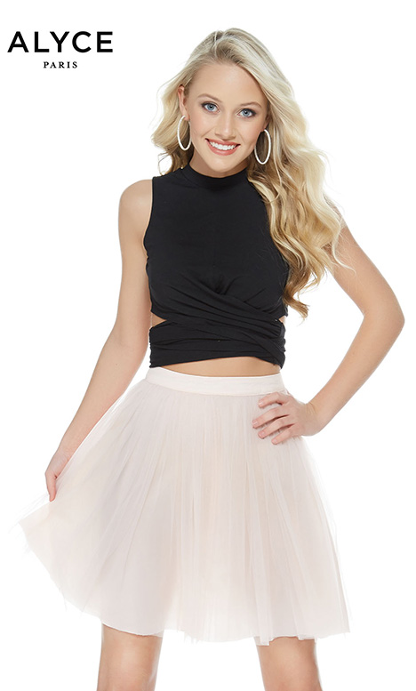 128 Prom                                             dress by Alyce Paris: Semi Formal