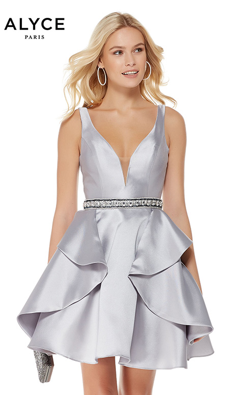 3765 gown from the 2018 Alyce Paris: Semi Formal collection, as seen on dressfinder.ca