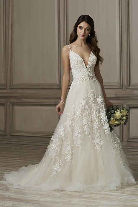 Kinsley Wedding                                          dress by Adrianna Papell