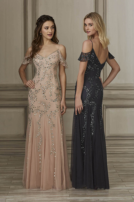 40150 Bridesmaids                                      dress by Adrianna Papell Platinum: Bridesmaids