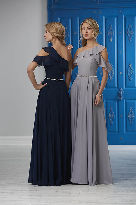 22853 Bridesmaids                                      dress by Christina Wu Celebration