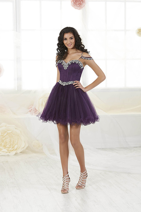 52427 Prom dress by Damas