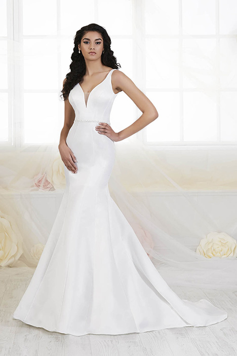 38018 Wedding dress by Novia Collection
