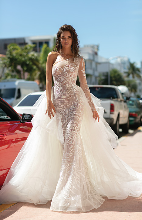 19-04 Wedding                                          dress by Berta Bridal