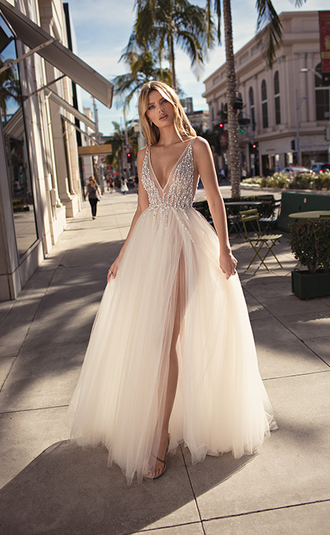 Carmen Wedding dress by Muse by BERTA