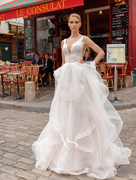 Elen Wedding                                          dress by Victoria Soprano