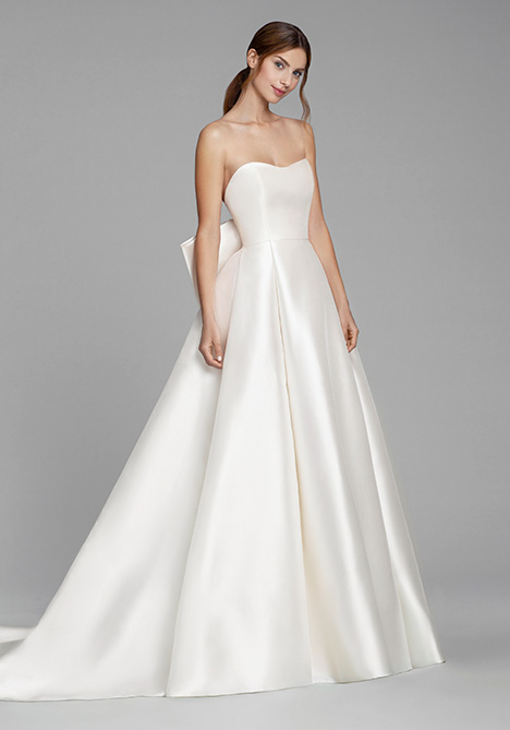 Carolina Wedding                                          dress by Tara Keely by Lazaro