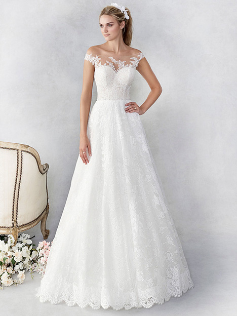 be451 Wedding                                          dress by Ella Rosa