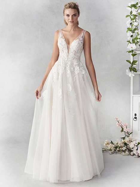 be456 Wedding                                          dress by Ella Rosa