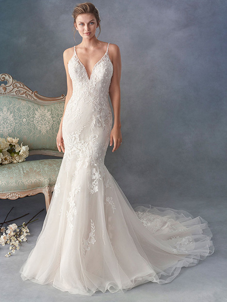 1799 gown from the 2018 Kenneth Winston collection, as seen on dressfinder.ca