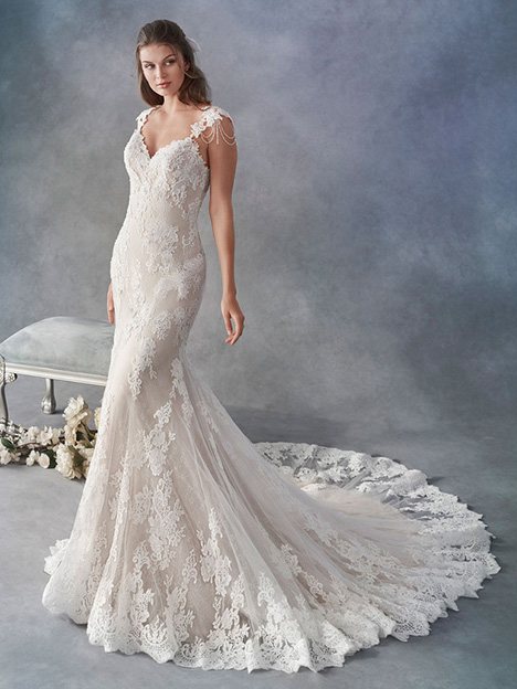 1806 Wedding                                          dress by Kenneth Winston