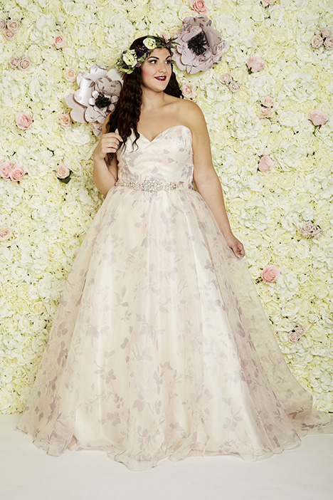 Roseville Wedding                                          dress by Callista