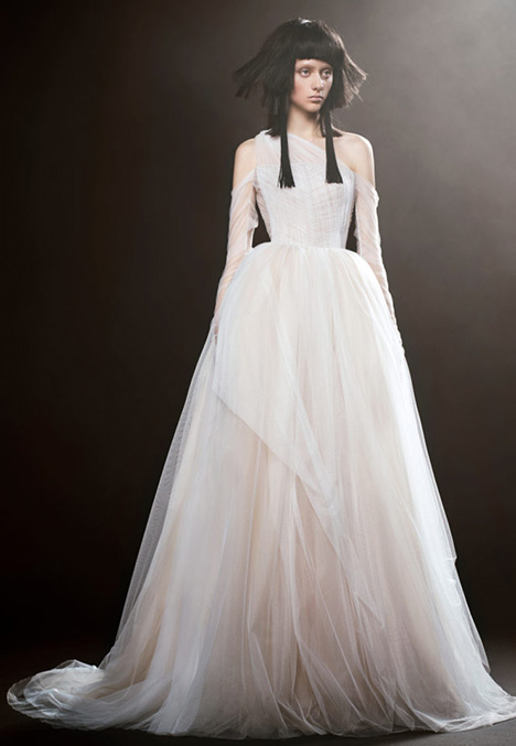 16 ENGLANTINE Wedding                                          dress by Vera Wang