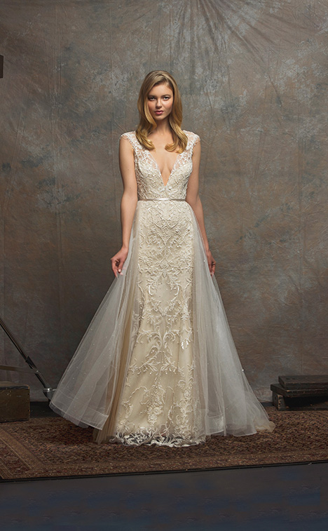 ES752 TAYLOR Wedding                                          dress by Enaura Bridal