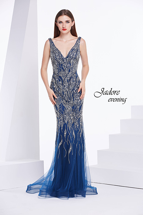 J14030 gown from the 2018 Jadore Evening collection, as seen on dressfinder.ca