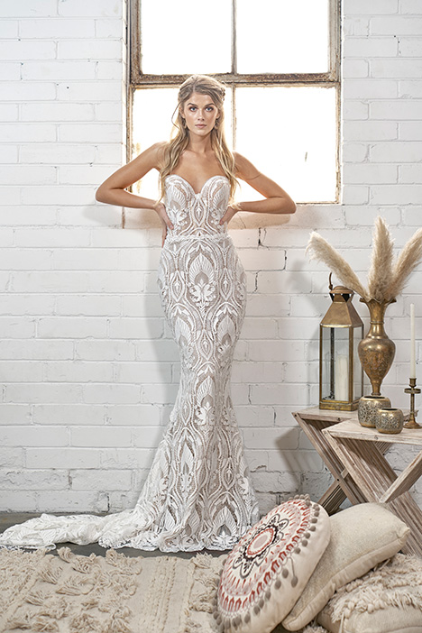 WA 6068 Wedding                                          dress by White April