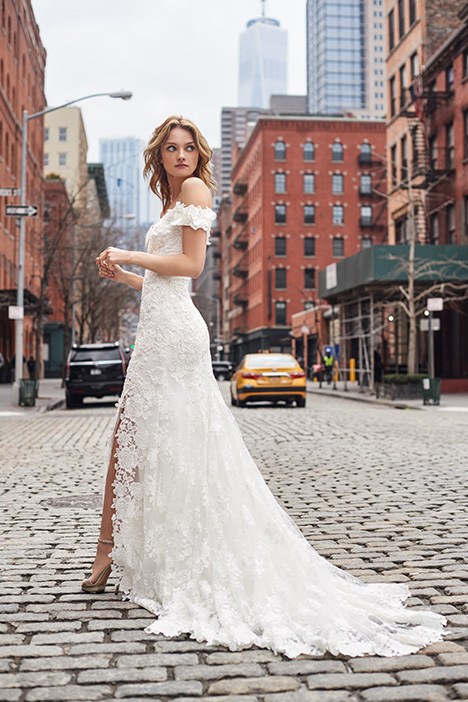 BL19118 Wedding dress by Monique Lhuillier: Bliss