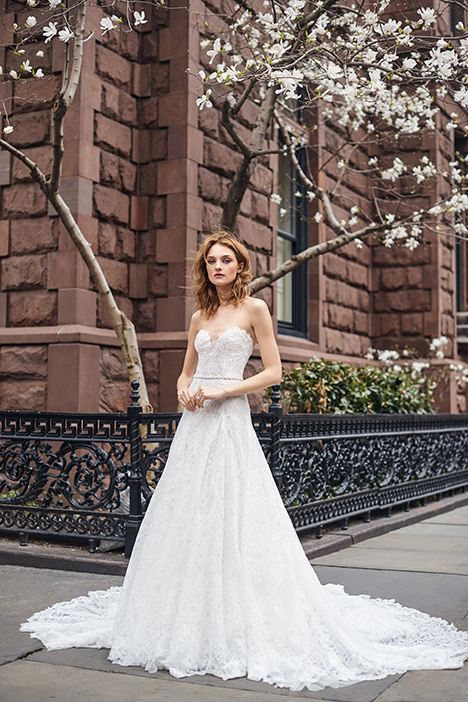BL19124 Wedding                                          dress by Monique Lhuillier: Bliss