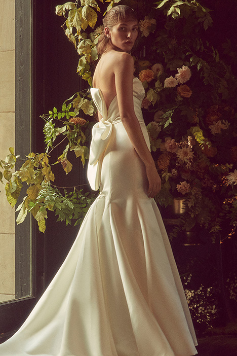 BL19201 Wedding                                          dress by Monique Lhuillier: Bliss