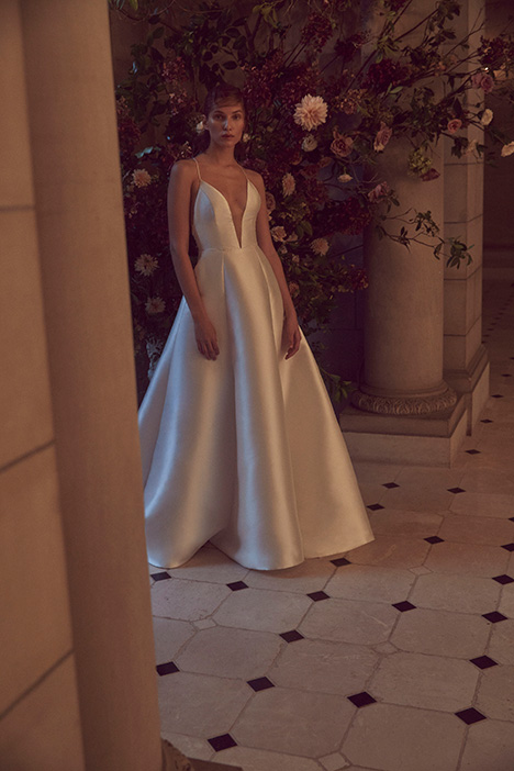 BL19208 Wedding                                          dress by Monique Lhuillier: Bliss