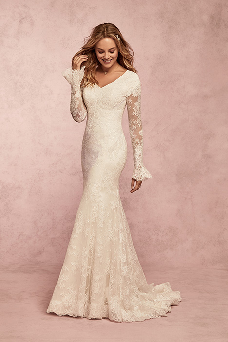 Bonnie Leigh Wedding                                          dress by Rebecca Ingram