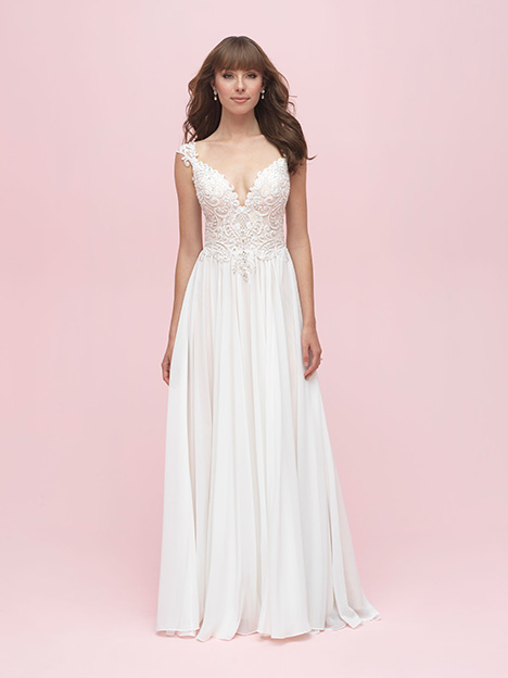Style 3216 gown from the 2019 Allure Romance collection, as seen on dressfinder.ca