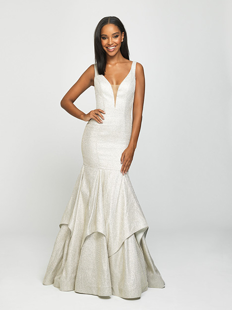 19-132 Prom                                             dress by Madison James Special Occasion