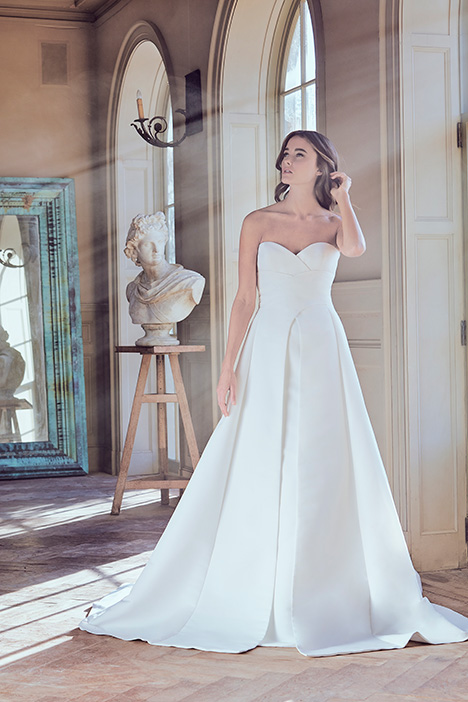 OCTAVIA Wedding                                          dress by Sareh Nouri