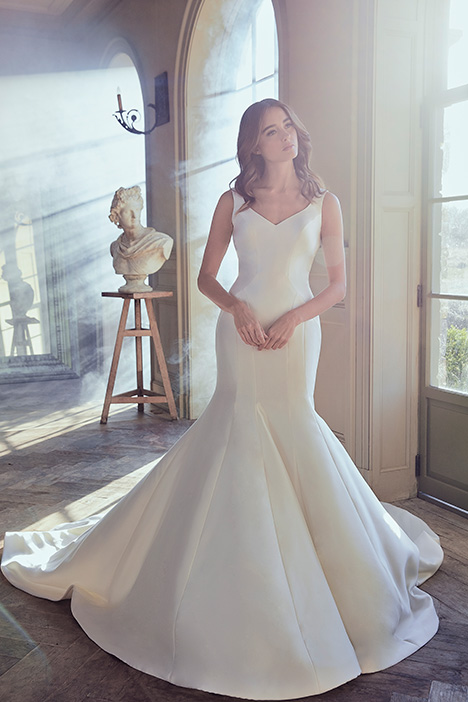 OLGA Wedding dress by Sareh Nouri