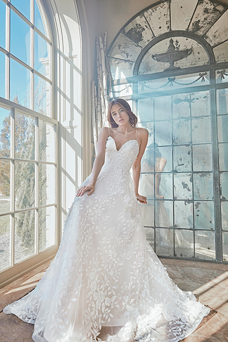 OLIVIE Wedding                                          dress by Sareh Nouri