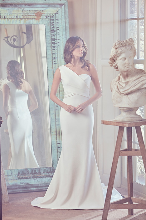 OLYMPIA Wedding                                          dress by Sareh Nouri